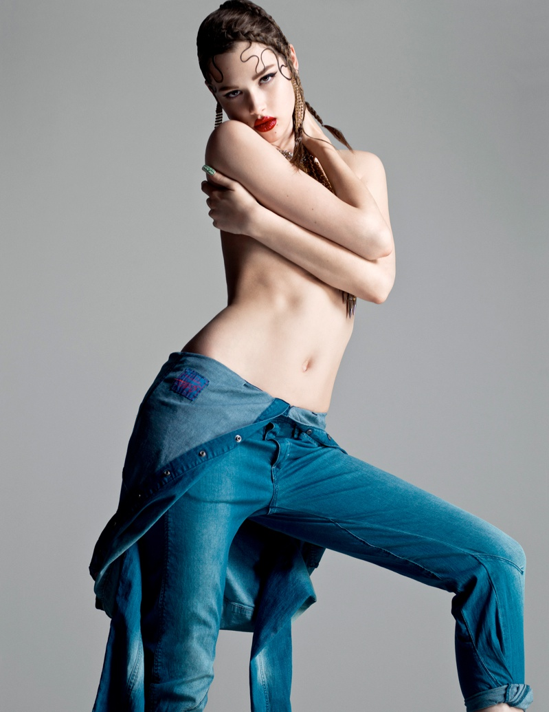 anais flaunt shoot 4 Anais Pouliot Poses in Cutting Edge Style for Flaunt by Stevie and Mada