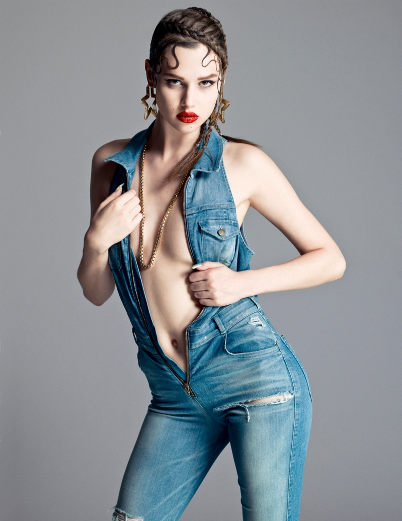 anais flaunt shoot 6 Anais Pouliot Poses in Cutting Edge Style for Flaunt by Stevie and Mada