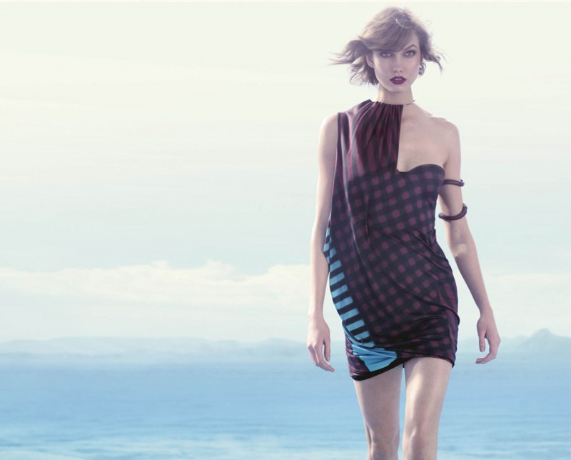 animale karlie2 800x644 Karlie Kloss Enchants in Animales Summer 2014 Campaign