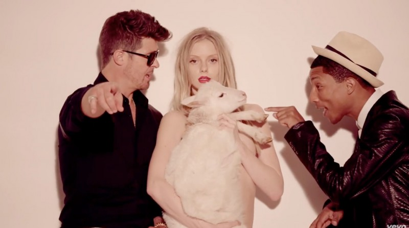 "Exclusive: Interview with ""Blurred Lines"" Video Star Elle Evans"