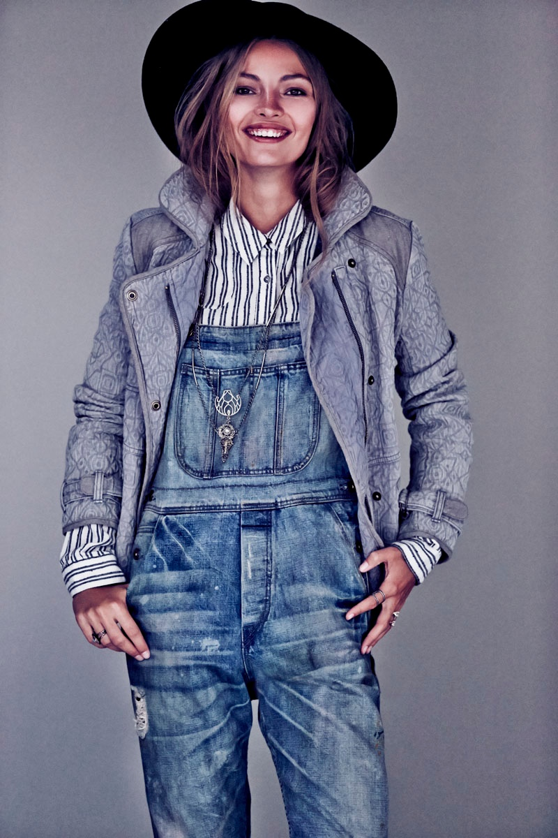 carola remer free people1 Carola Remer Sports Boyish Looks for Free Peoples August Lookbook