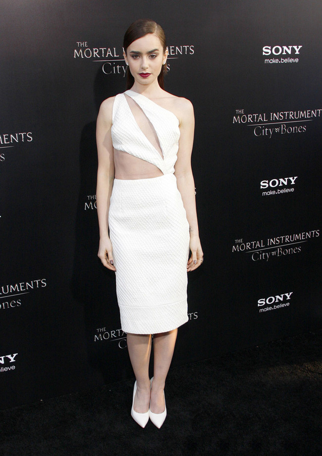 cushie et ochs1 Lily Collins Wears Cushie et Ochs to the Mortal Instruments Hollywood Premiere