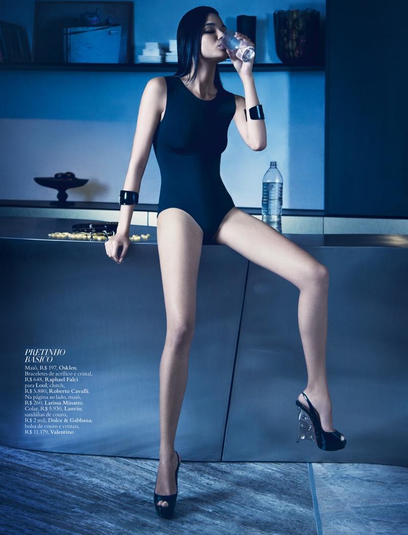 daniela braga2 Daniela Braga Models Dark Style for Harpers Bazaar Brazil by Yossi Michaeli