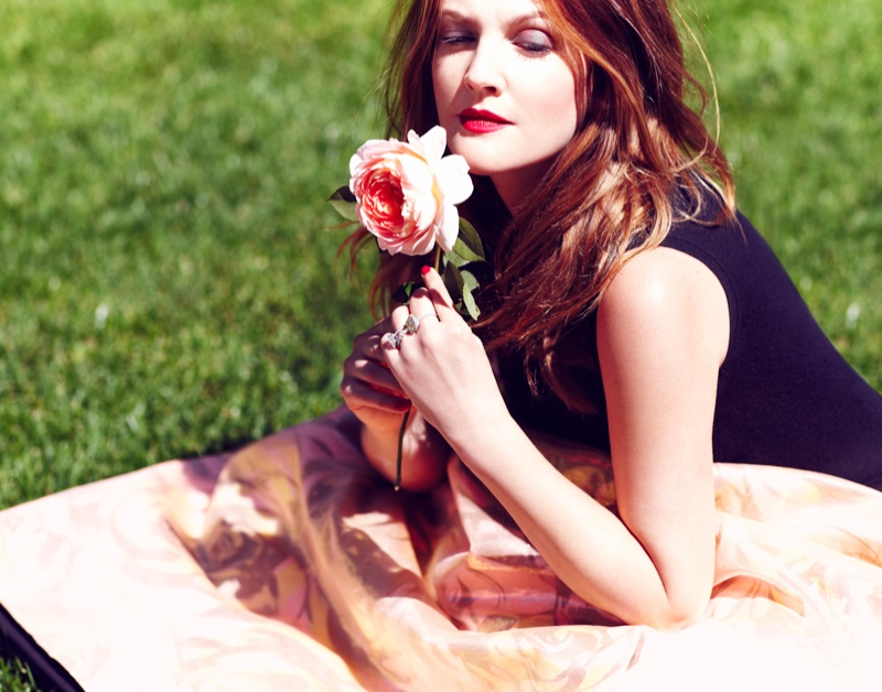 drew barrymore actress6 Drew Barrymore Poses for Diego Uchitel in C Magazine