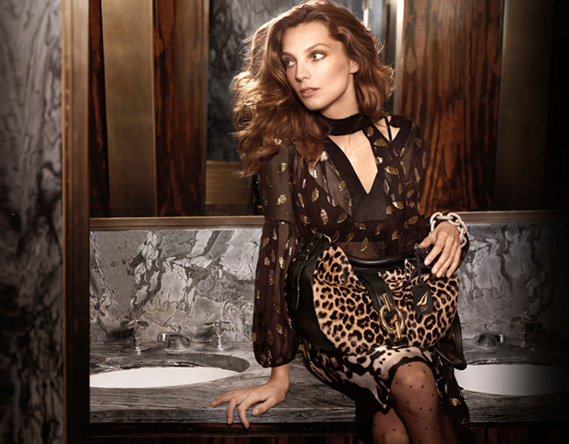 dvf fall ads4 Diane von Furstenberg Taps Daria Werbowy for Fall 2013 Ads