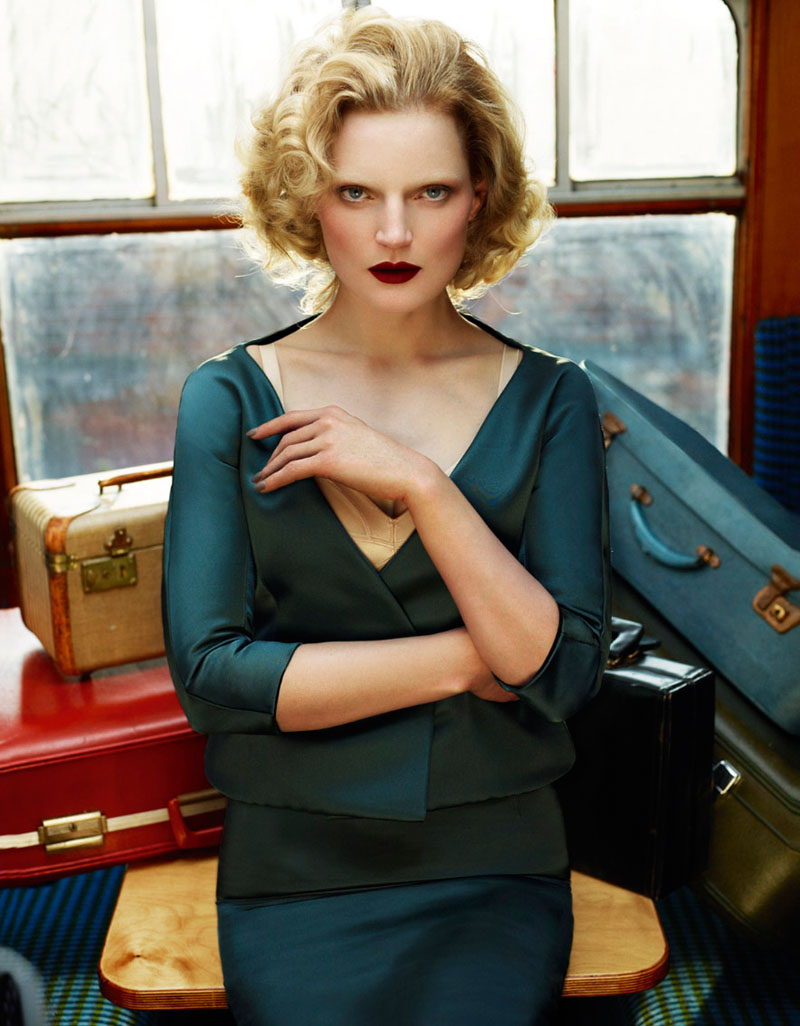 guinevere van seenus model4 Guinevere van Seenus Enchants for Cuneyt Akerglou in Vogue Ukraine Shoot