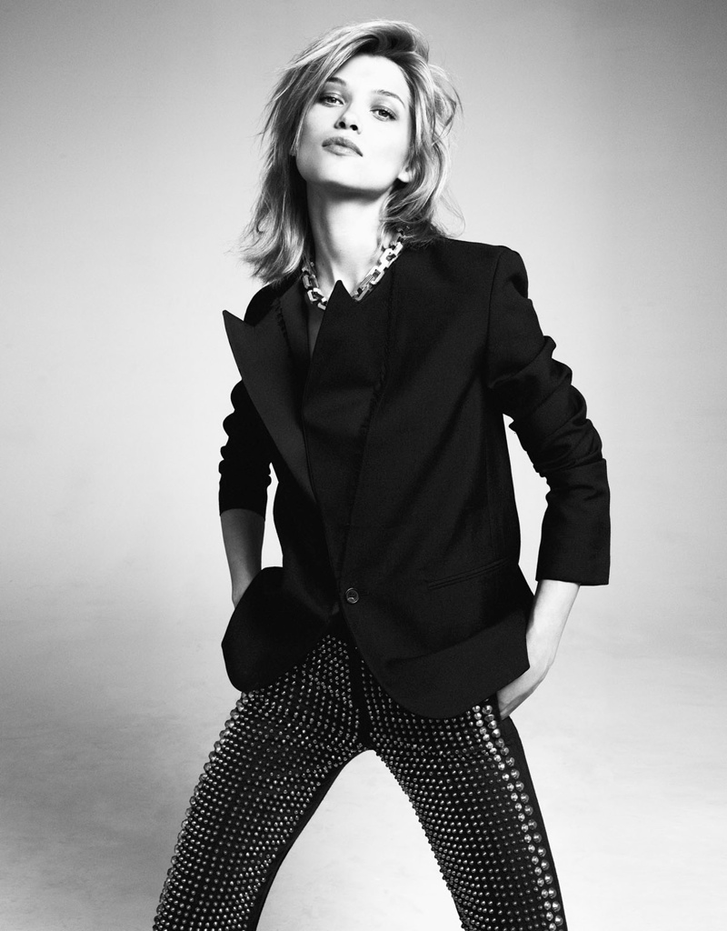 Hana Jirickova Wears the Essentials in Styleby Shoot by Andreas Öhlund