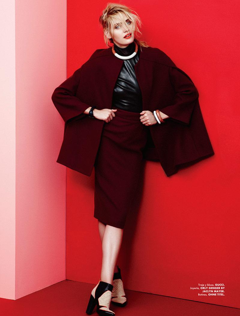 Heidi Mount Dons Urban Flair for Elle Mexico Shoot by Takahiro Ogawa
