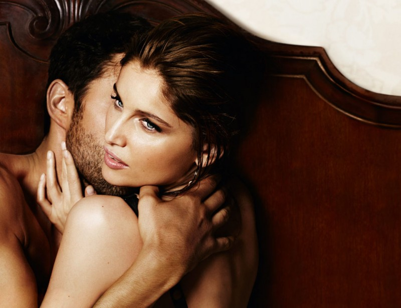 intense fragrance2 800x615 Laetitia Casta Seduces in Dolce & Gabbana Intense Fragrance Ads