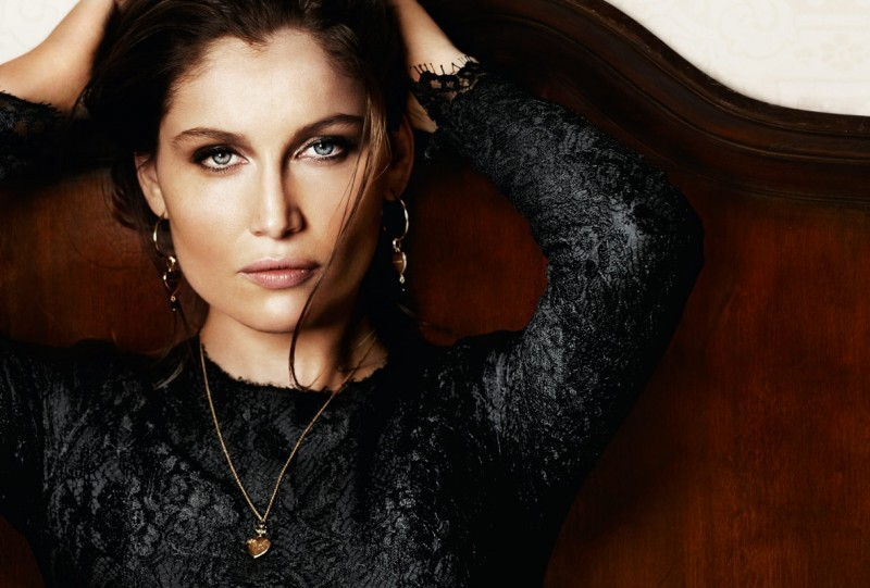 intense fragrance3 800x541 Laetitia Casta Seduces in Dolce & Gabbana Intense Fragrance Ads