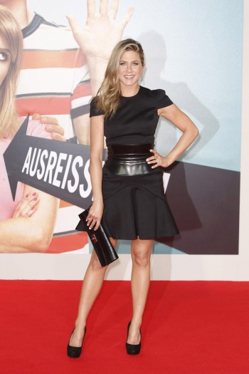 "Jennifer Aniston Wears Alexander McQueen at the ""We Are the Millers"" Berlin Premiere"