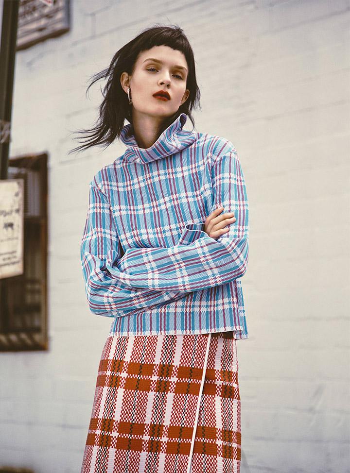 josephine skriver model1 Josephine Skriver Oozes Attitude for Harpers Bazaar Latin America by Hans Neumann