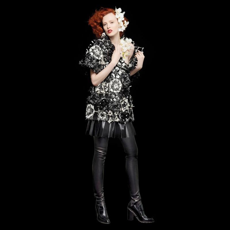 lagerfeld bazaar2 Karl Lagerfeld Shoots Scarlett Johansson, Dakota Fanning & More for Harpers Bazaar