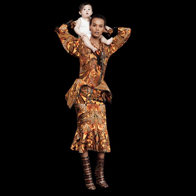 lagerfeld bazaar4 Karl Lagerfeld Shoots Scarlett Johansson, Dakota Fanning & More for Harpers Bazaar