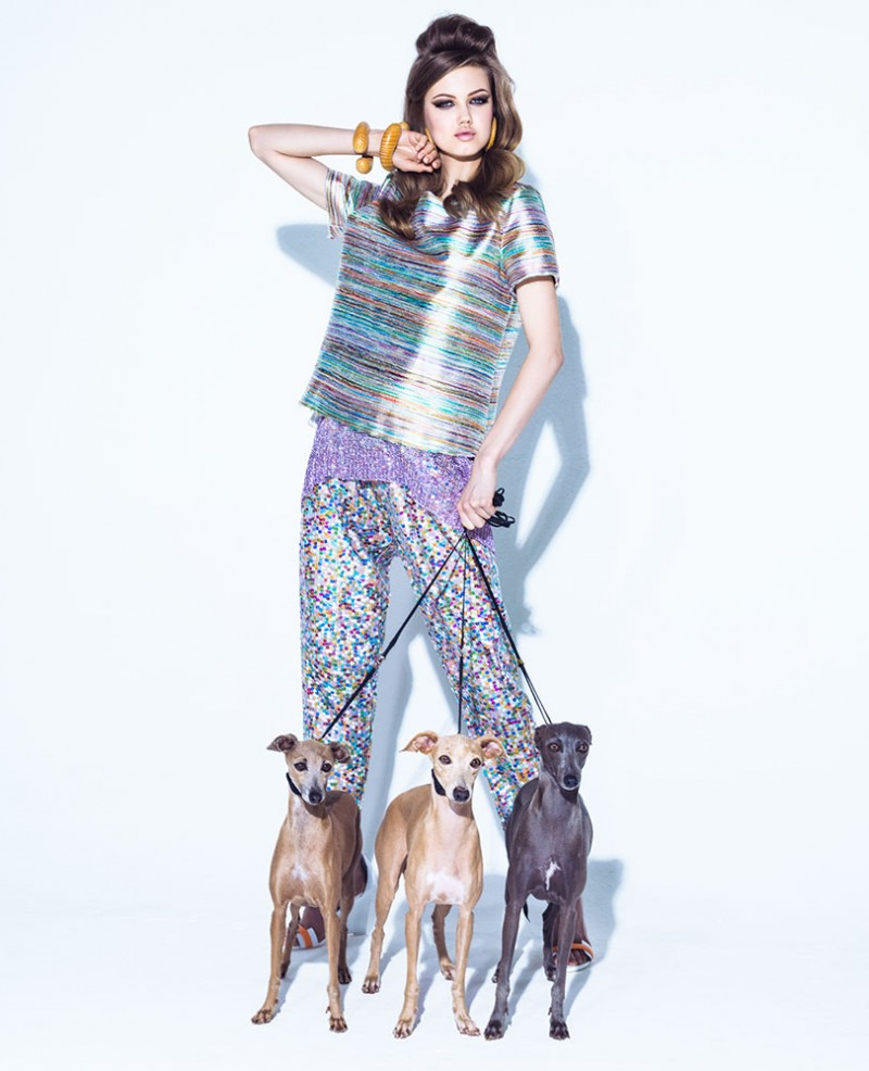 lindsey jacques dequeker10 800x986 Lindsey Wixson Has Canine Co Stars in Vogue Brazil Shoot by Jacques Dequeker