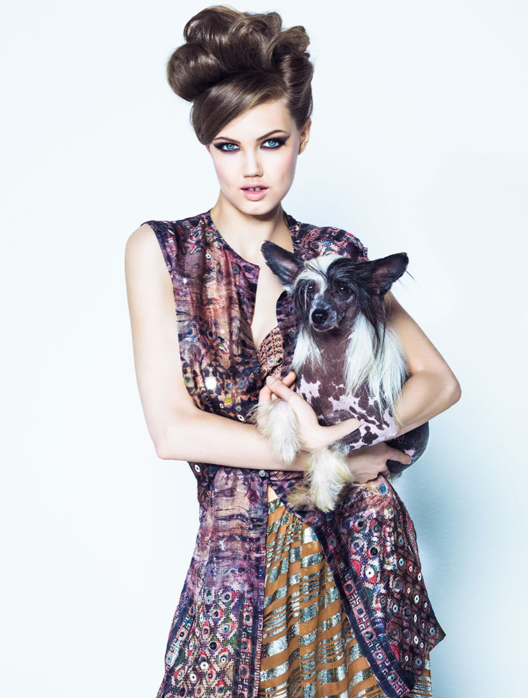 lindsey jacques dequeker8 Lindsey Wixson Has Canine Co Stars in Vogue Brazil Shoot by Jacques Dequeker