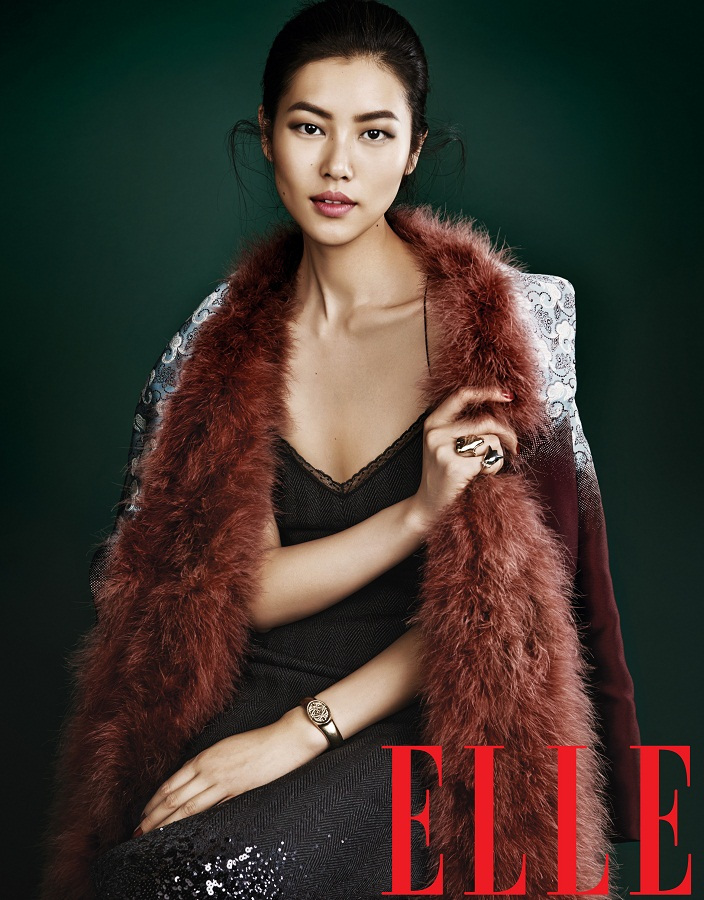 liu wen model7 Liu Wen Models Fall Looks for Elle Chinas September Issue