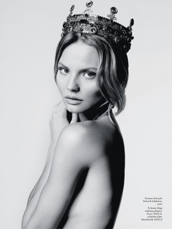 Magdalena Frackowiak Stars in Elle Poland's September Issue