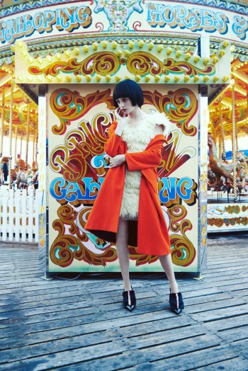 Milly Simmonds Gets Colorful for L'Officiel Turkey Shoot by Olgaç Bozalp