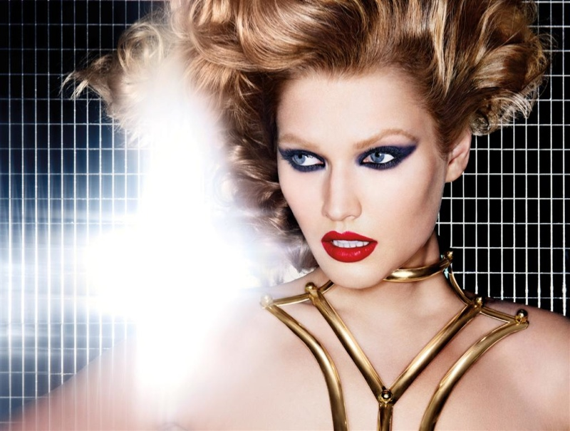 nars fall makeup1 Toni Garrn Gets Glam for NARS Cosmetics Fall 2013 Ads
