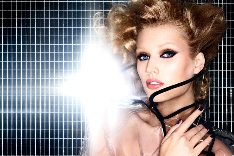 nars fall makeup21 Toni Garrn Gets Glam for NARS Cosmetics Fall 2013 Ads