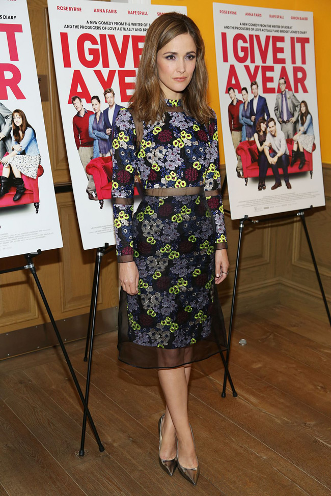 rose byrne erdem1 Rose Byrne is Flowery in Erdem at the I Give It a Year Screening