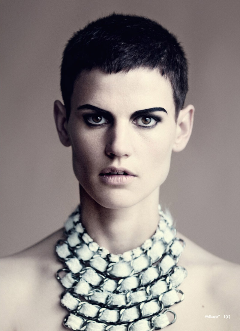 saskia paolo roversi shoot11 Saskia de Brauw Poses for Paolo Roversi in Wallpapers September Issue