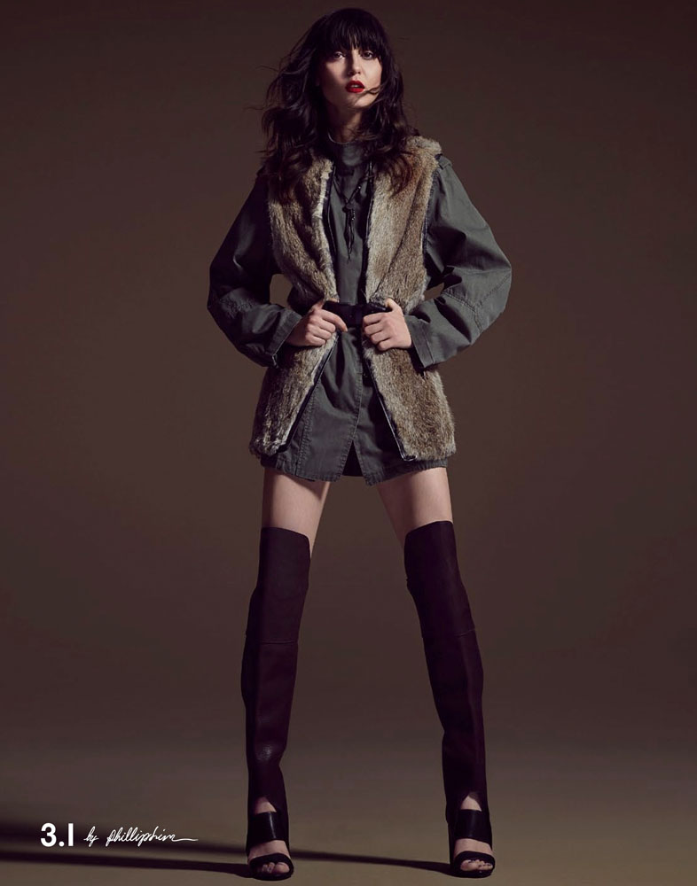 simons fall collection2 Irina Lazareanu Dons La Maison Simons Fall 2013 Offerings