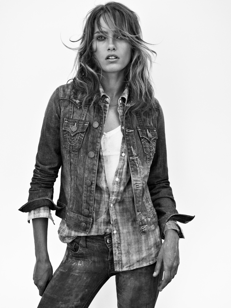 true religion fall7 Karmen Pedaru Hits the Desert for True Religions Fall 2013 Ads