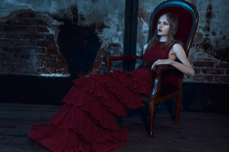 Maja Salamon Wears Azzedine Alaia for Viva! Moda by Michelle Du Xuan