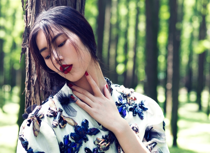 StocktonJohnson LiuWen 4 Liu Wen Poses for Stockton Johnson in Outdoorsy Grazia Shoot