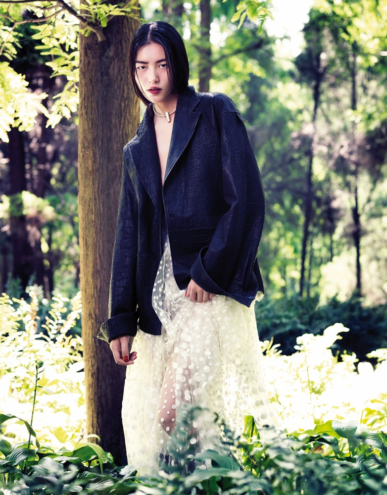 StocktonJohnson LiuWen 7 Liu Wen Poses for Stockton Johnson in Outdoorsy Grazia Shoot