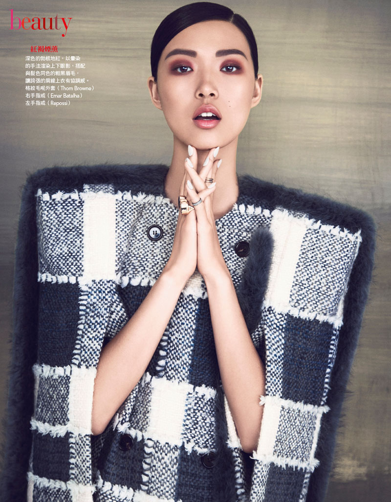 VG204 P270 271Final Tian Yi is Pretty in Plaid for Vogue Taiwan Feature by Yossi Michaeli