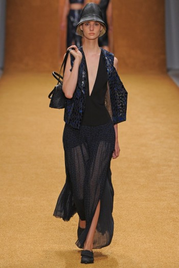 Paris Fashion Week Spring/Summer 2014 Day 6 Recap   Givenchy, Celine, Chloe, Kenzo + More