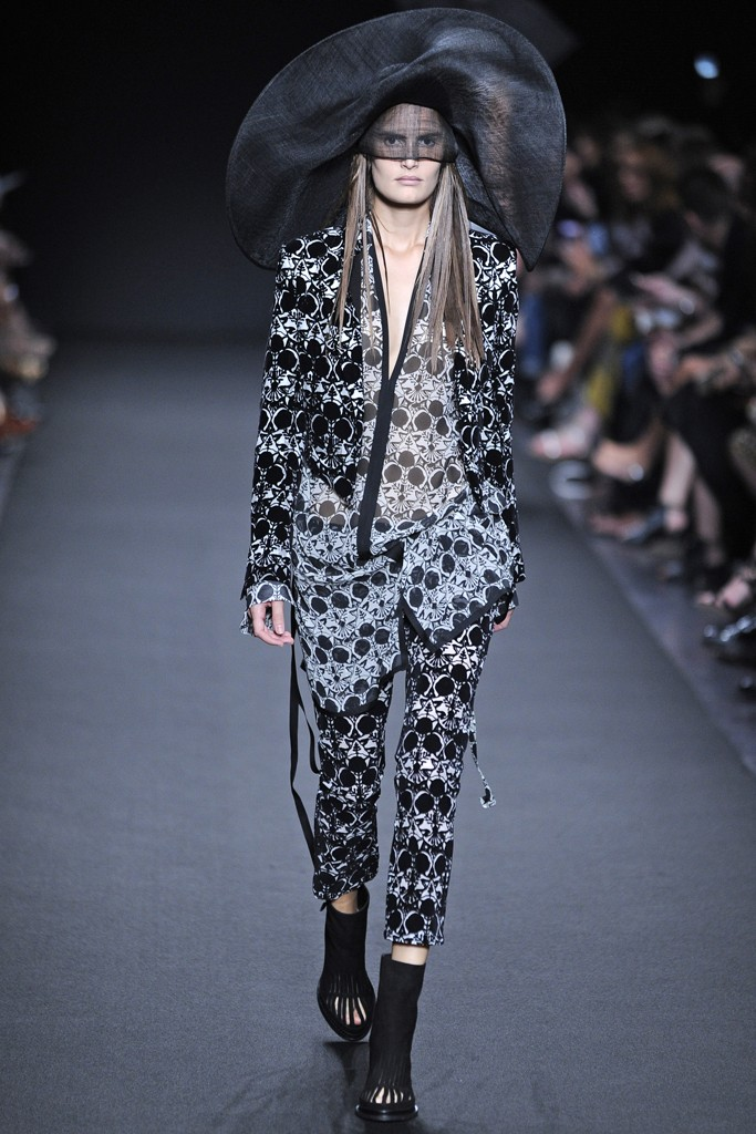 ann demeulemeester Paris Fashion Week Spring/Summer 2014 Day 3 Recap | Balmain, Lanvin, Balenciaga + More