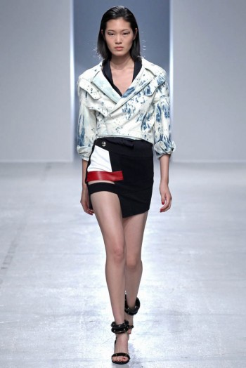 anthony-vaccarello-spring-2014-l21