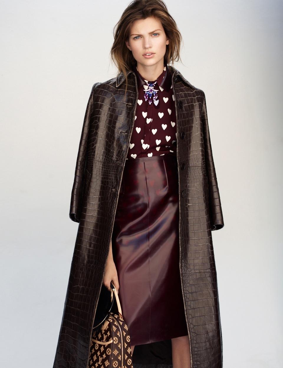 Bette Franke Models Fall Looks in Thomas Whiteside's Elle France Shoot