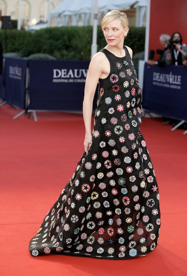 cate dior 2 Cate Blanchett Wears Dior Haute Couture at the 39th Deauville Film Festival