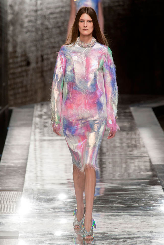 christopher kane spring 2014 23 4 London Fashion Week Spring 2014 Trends That Inspire