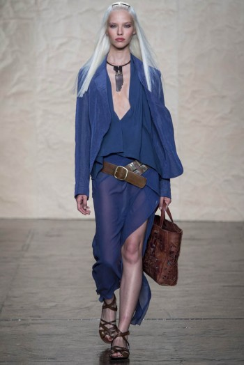 donna karen spring 2014 3 350x524 Donna Karan Spring 2014 | New York Fashion Week