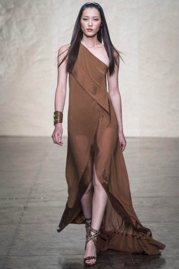 donna karen spring 2014 34 350x524 Donna Karan Spring 2014 | New York Fashion Week