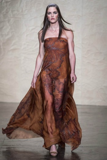 donna karen spring 2014 37 350x524 Donna Karan Spring 2014 | New York Fashion Week