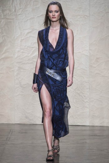 donna karen spring 2014 8 350x524 Donna Karan Spring 2014 | New York Fashion Week