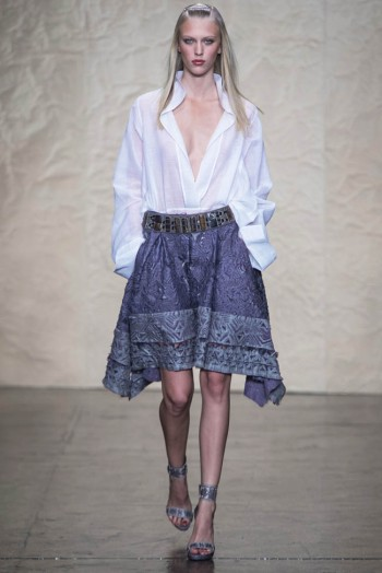 donna karen spring 2014 9 350x524 Donna Karan Spring 2014 | New York Fashion Week