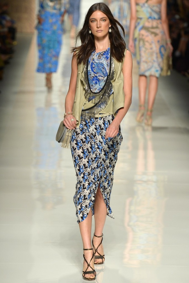 etro Milan Fashion Week Spring/Summer 2014 Day 3 Recap | Versace, Sportmax, Blumarine + More