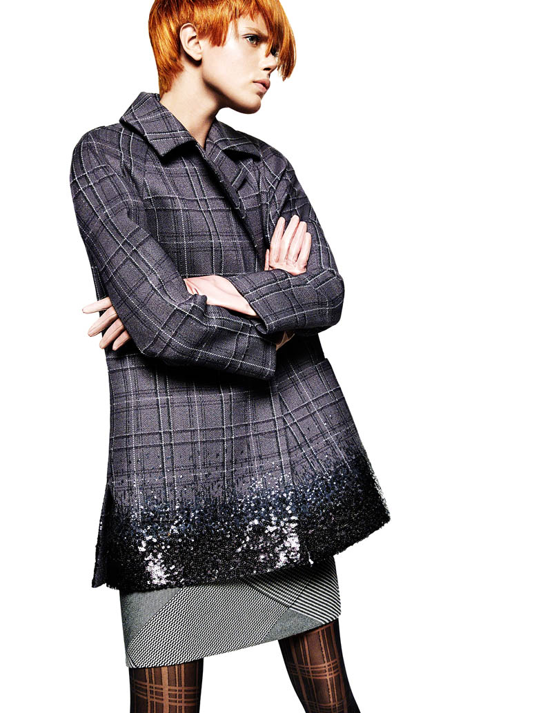 frida greg kadel2 Frida Gustavsson Gets Animated in Plaid for Greg Kadel in Vogue China