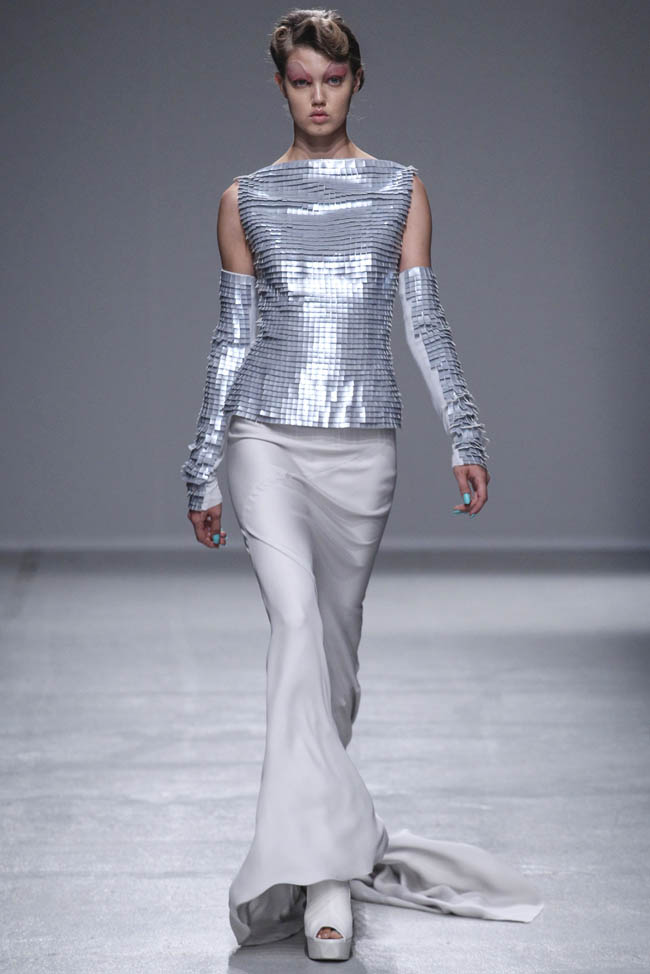gareth pugh spring 2014 17 Gareth Pugh Spring/Summer 2014 | Paris Fashion Week
