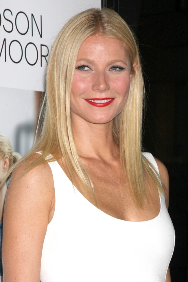gwyneth lanvin3 Gwyneth Paltrow Wears Lanvin at the Thanks for Sharing Hollywood Premiere