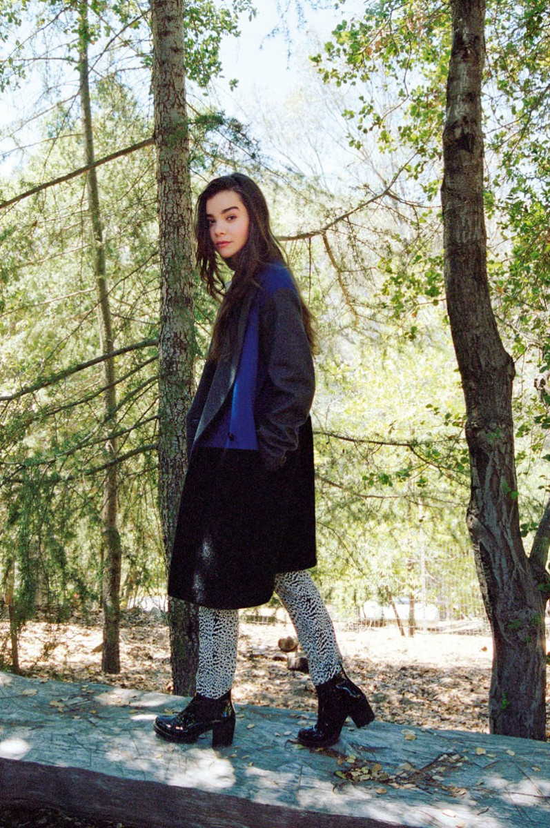 haileee steinfeld asos5 797x1200 Hailee Steinfeld Is a Nature Girl for ASOS Magazine November 2013