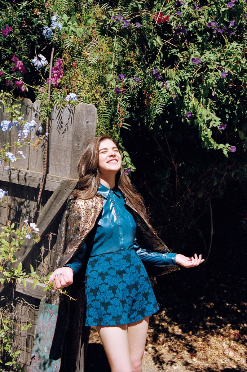 haileee steinfeld asos6 797x1200 Hailee Steinfeld Is a Nature Girl for ASOS Magazine November 2013